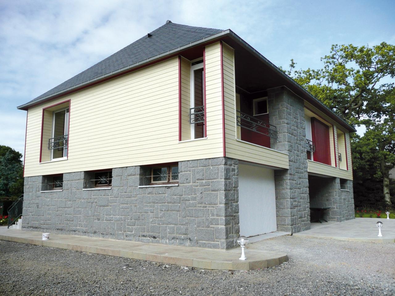 Derouet constructeur de maison bois en mayenne 53 for Exterieur d une maison
