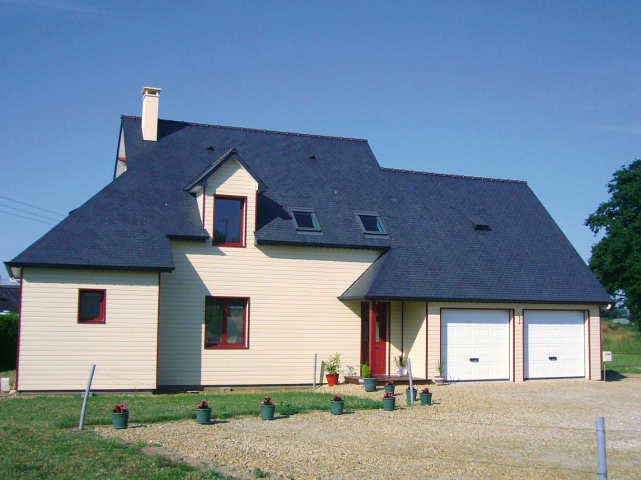 Facades De Maisons En Couleurs maison bois traditionnelle en mayenne (53) - maison bois